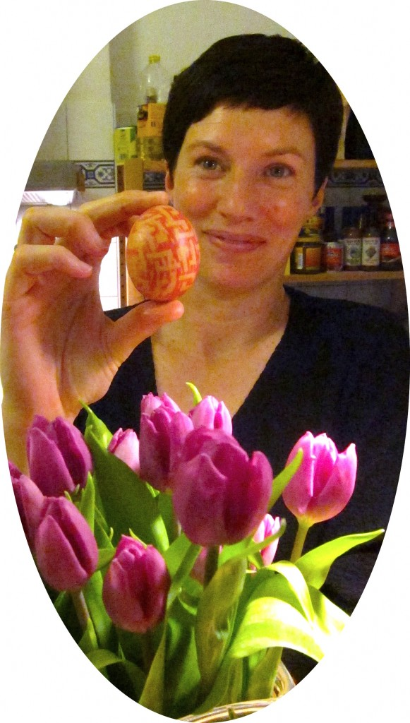 After: I made a patterned egg! And I posed with some lovely tulips!